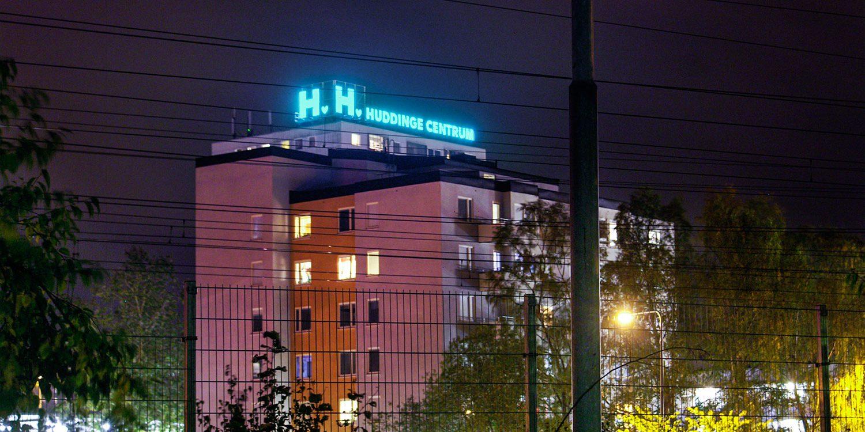 Spektra Neon AB Ljusskylt Huddinge Centrum